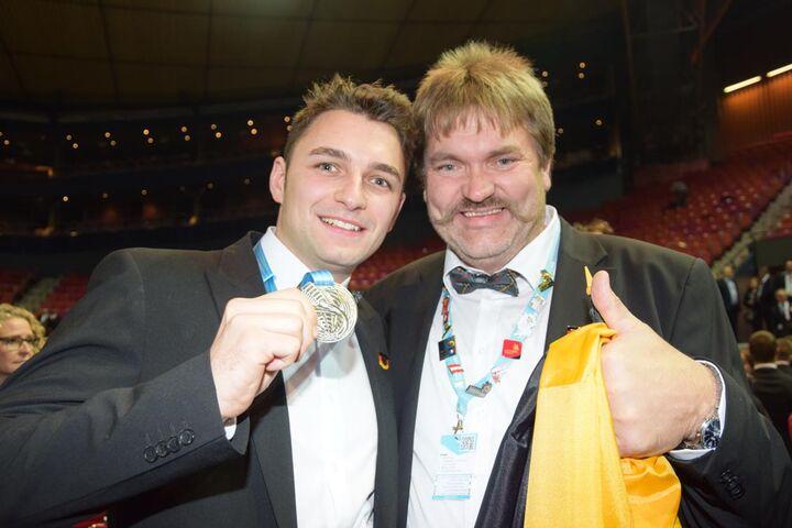 Der 23jährige Stuckateur David Reingen aus Düsseldorf (Nordrhein-Westfalen) gewinnt bei der EuroSkills 2016 in Göteborg die Silbermedaille.