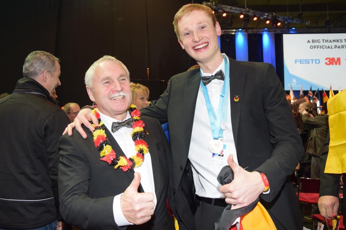 Fliesenleger Experte Kropf mit Europameister Welberg_0349.jpg